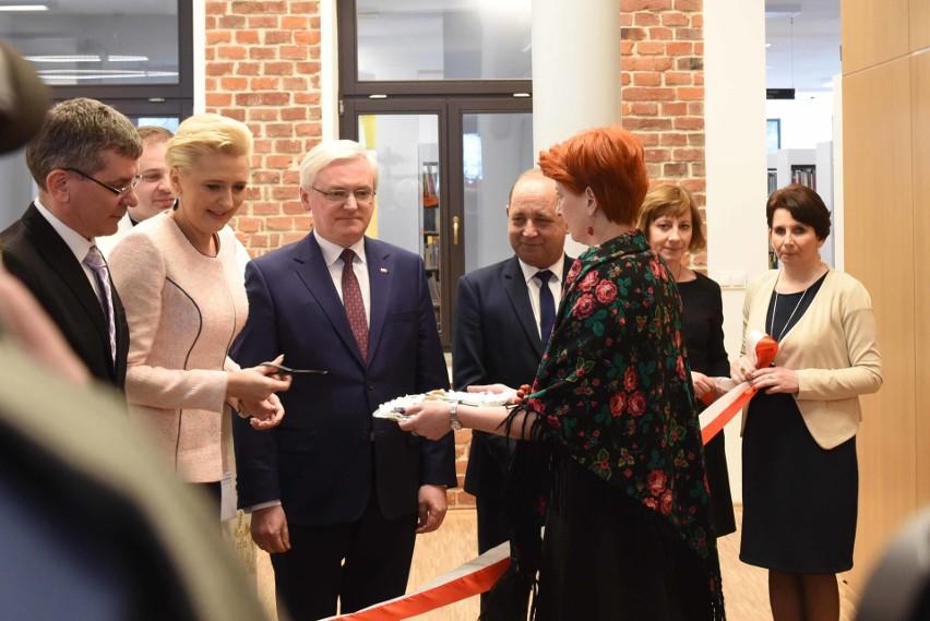 Agata Kornhauser-Duda otwiera bibliotekę w Starym Sączu