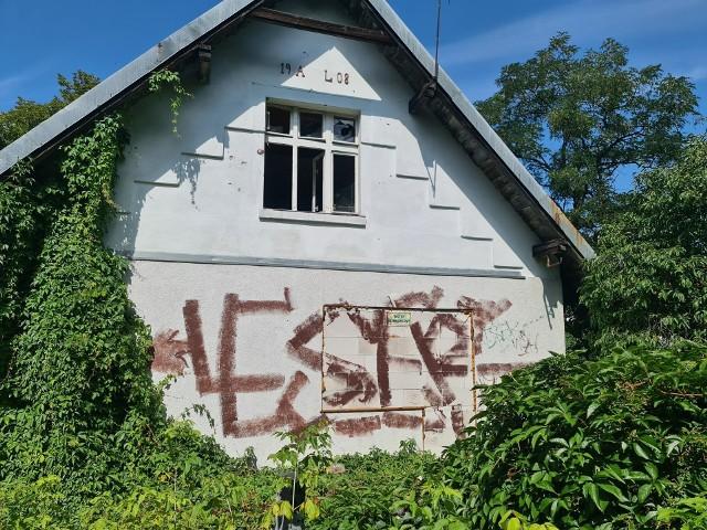 Tak kilka dni temu wyglądał zbudowany w 1908 roku dom Augusta Lietkego.