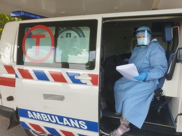 W szpitalu w Grudziądzu pracuje komisja wyborcza, która zbiera głosy zarówno od pacjentów w zwykłych oddziałach szpitalnych, ale także tych którzy są zakażeni koronawirusem i przebywają w szpitalu oraz izolatorium