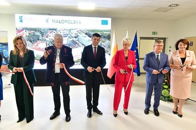 17 września uroczyście otwarto nowy oddział ginekologiczno - położniczy