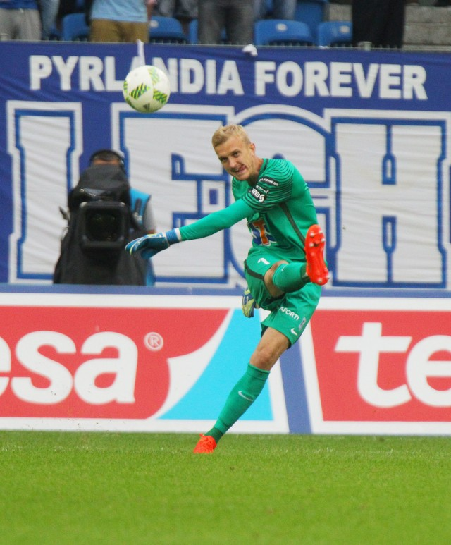 Jasmin Burić  zdobył z Lechem dwa mistrzostwa Polski