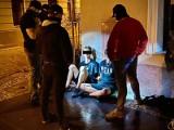 Grozili nożem i żądali pieniędzy. Sprawcy rozboju w Bydgoszczy zatrzymani