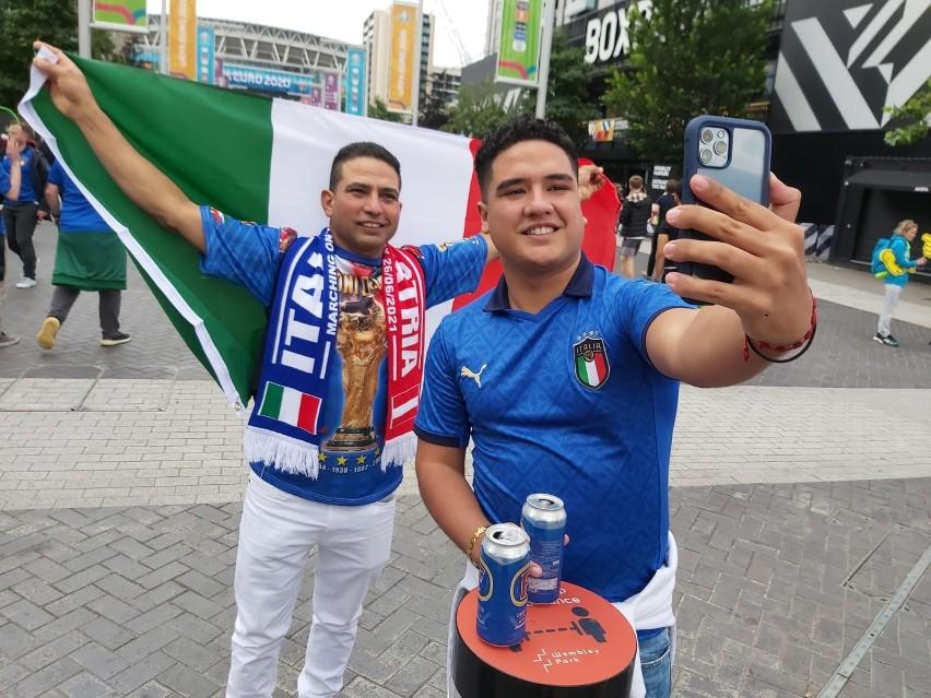 Włoscy kibice opanowali okolice Wembley. Zobacz zdjęcia z Londynu