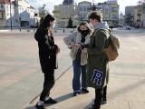 W Radomiu działacze Młodej Lewicy i Wiosny zbierali podpisy pod projektem ustawy o legalnej aborcji