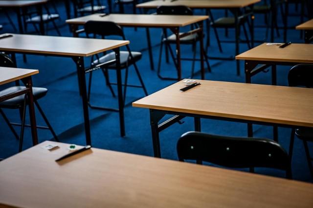 Matura 2021 - informatyka poziom rozszerzony. Egzamin rozpocznie się 19.05.2021 r. o godz. 9:00. ARKUSZ + ODPOWIEDZI