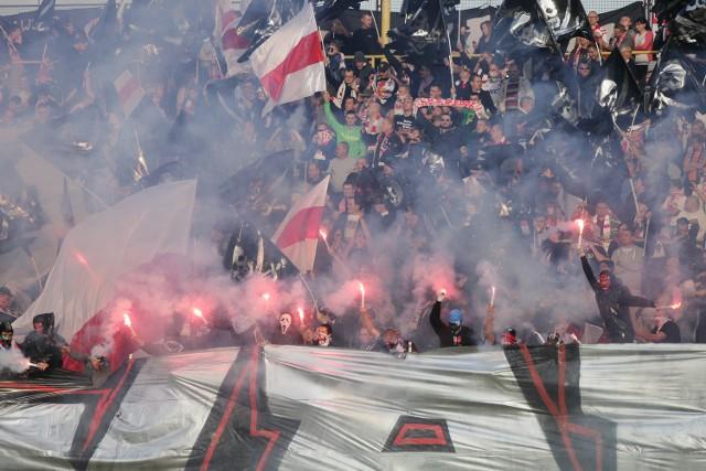 Kibice ŁKS na meczu z Concordią Piotrków