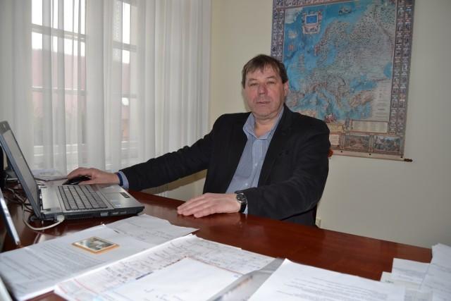 Wyniki wyborów samorządowych 2018 na burmistrza Łeby. Obecny burmistrz Andrzej Strzechmiński (na zdjęciu) zmierzy się z Haliną Klińską w drugiej turze wyborów