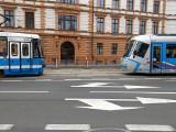 Groźna sytuacja na Podwalu. Dwa tramwaje na jednym torze [FILM]