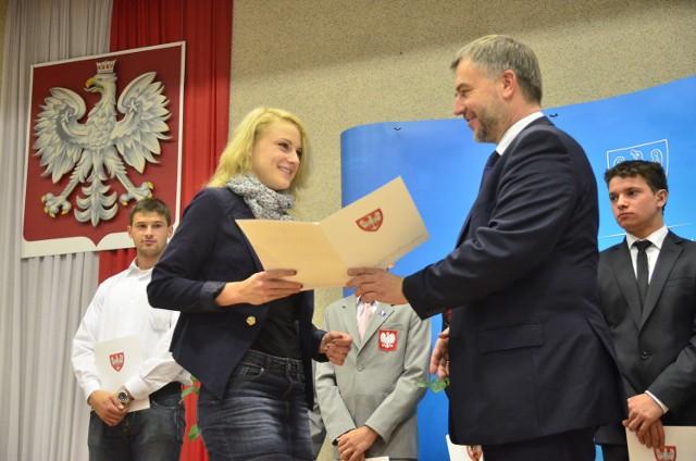 Patrycja Wyciszkiewicz i marszałek Marek Woźniak