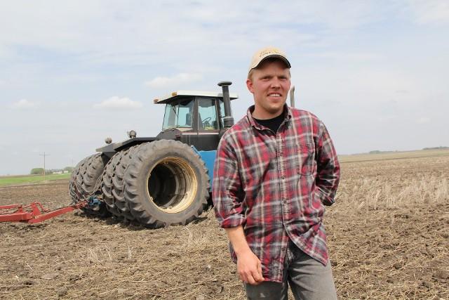 ARiMR przedłużyła tegoroczną kampanię – młodzi rolnicy mają dodatkowe dwa tygodnie na załatwienie formalności. Oddziały regionalne agencji będą przyjmowały wnioski do 17 sierpnia.