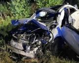 Dachowanie samochodu w powiecie poznańskim. Cztery osoby zostały ranne