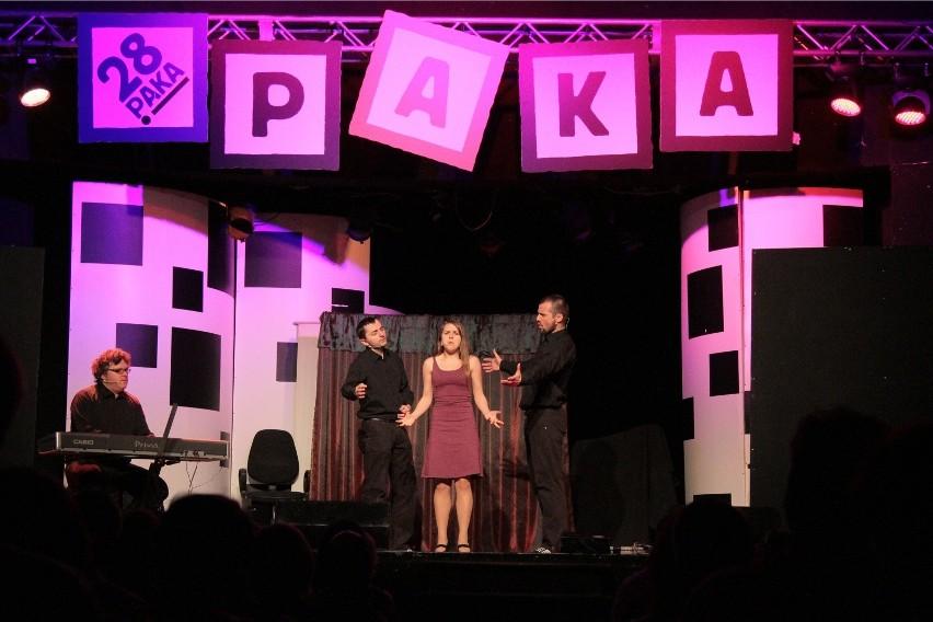 Kabaret Róbmy Swoje, laureata przeglądu PAKA, będzie można zobaczyć w sobotę w Głogoczowie