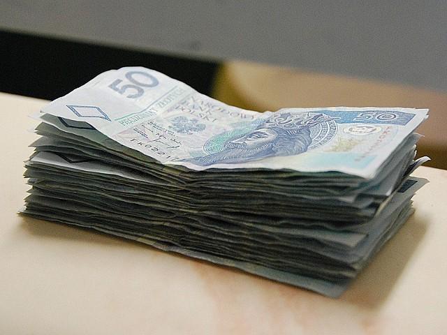 Białostocki sąd za przywłaszczenie gigantycznej sumy - blisko dwóch milionów złotych - skazał główną księgową na karę trzech lat bezwzględnego więzienia.