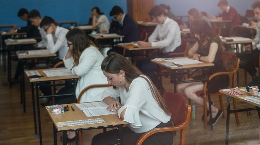 Matura z języka polskiego w II Liceum Ogólnokształcącym w Rzeszowie.