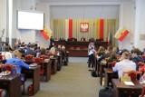 Koronawirus. Awantura o sesję i kwarantannę w Radzie Miejskiej w Łodzi