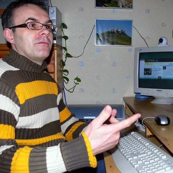 Dariusz Krawczuk: - Od połowy lutego praca przy komputerze to prawdziwy koszmar. Czteromegowe zdjęcie wysyła się dwie godziny.