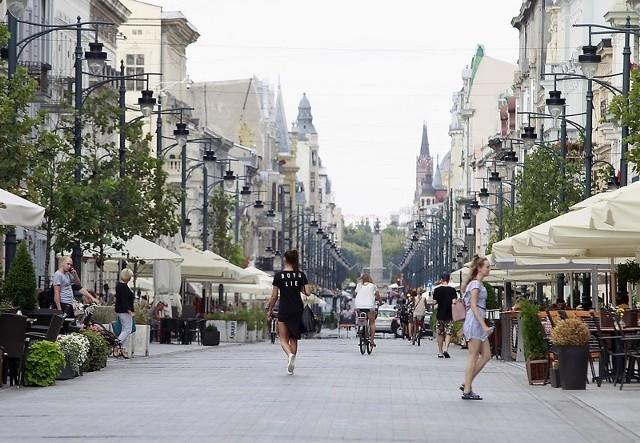 Żelazną atrakcją turystyczną Łodzi wciąż pozostaje ul. Piotrkowska.