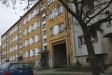 Legnica: Skatował swoje 9-miesięczne dziecko na śmierć. Grozi mu dożywocie