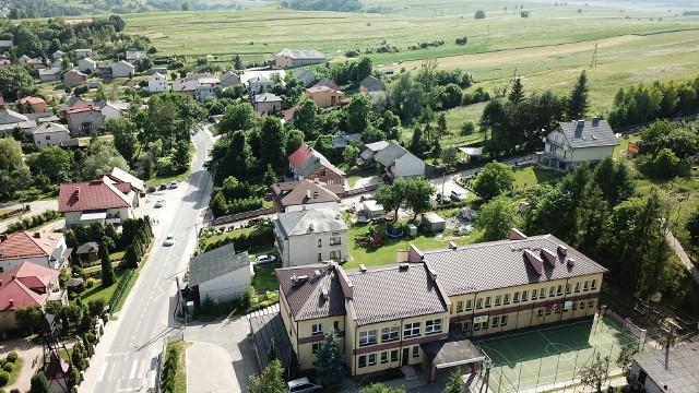 Czubrowice czekają na scalenia gruntów. Obecnie wznawiane są prace przy tym procesie w dwóch wioskach gminy Jerzmanowice-Przeginia