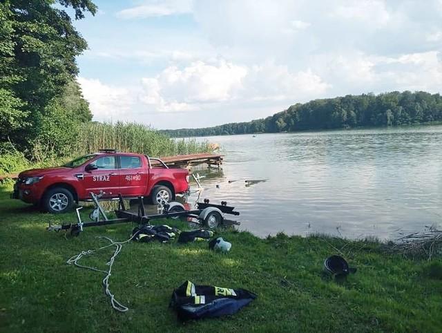 Tragicznie zakończyły się poszukiwania 13-latka zaginionego na jeziorze Kucki (gm. Gardeja).