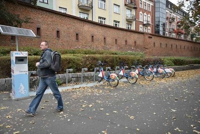 Czy Toruński Rower Miejski odjedzie też z Bramy Klasztornej? Zadecydują o tym mieszkańcy