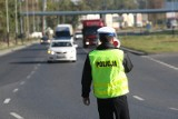 Nie zatrzymał się kontroli i próbował uciec policjantom z Poddębic - był pod wpływem alkoholu