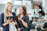 Aplikacje mobilne ułatwiają życie, ale pomagają też zarządzać biznesem