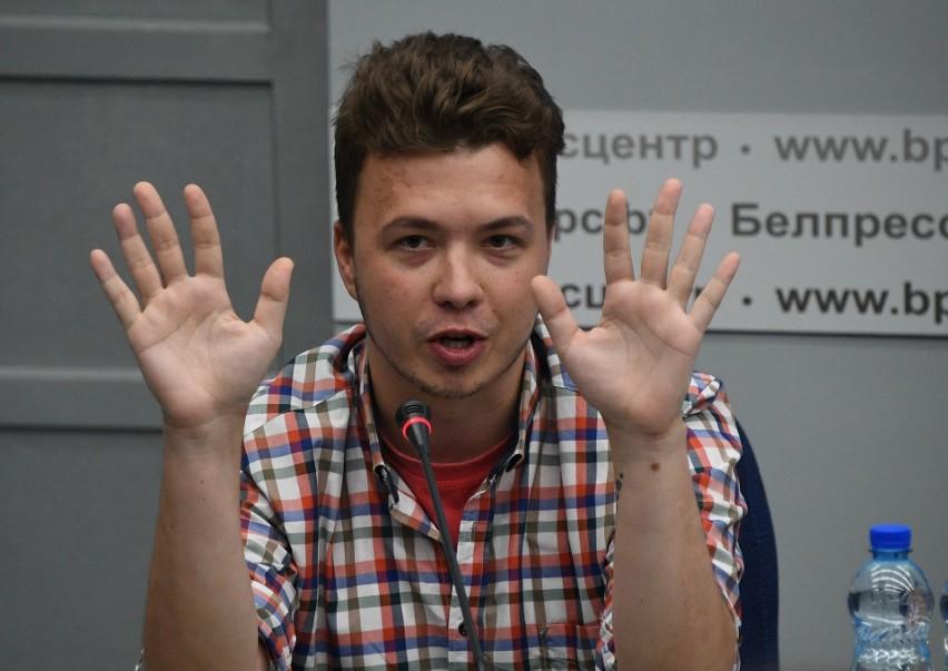 Roman Protasiewcz i jego przyjaciółka Sofia Sapiega z więzienia trafili do aresztu domowego. Czy Łukaszenka mięknie wobec unijnych sankcji?