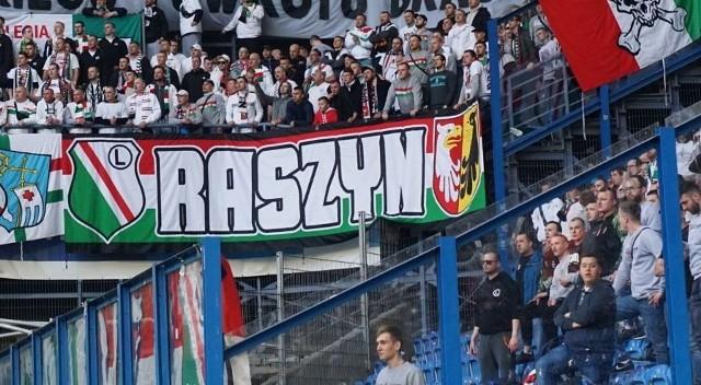 W niedzielę przy Bułgarskiej Legię dopingowało 2 tysiące kibiców z Warszawy