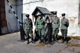 Ekipa filmowa w łęczyckim więzieniu. Kręcone są zdjęcia do filmu o Stanisławie Marusarzu ZDJECIA