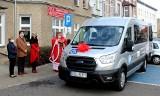Warsztaty Terapii Zajęciowej w Oleśnie kupiły fabrycznie nowy bus dla osób niepełnosprawnych [zdjęcia]