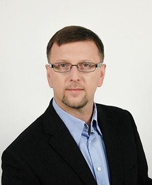 Piotr Juszczyk wygrał w pierwszej turze.