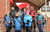 """Gniewkowo. """"Gokówka"""", czyli majówkowy marsz nordic walking mieszkańców Gniewkowa. Zdjęcia"""
