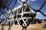 Hybrobudowa uspokaja magistrat: Skończymy miejski stadion