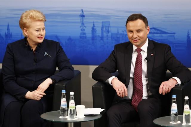 Prezydent Litwy Dalia Grybauskaite i prezydent Polski Andrzej Duda podczas konferencji w Monachium