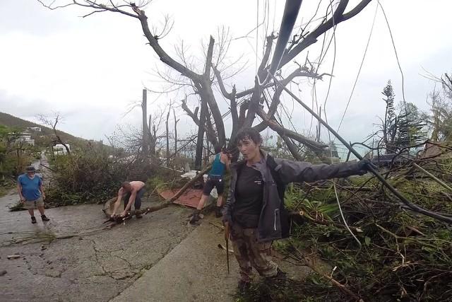 Zniszczenia na wyspie St. Thomas po przejściu huraganu Irma