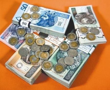 Aż o jedenaście procent wzrosną urzędnicze pensje w przyszłym roku.