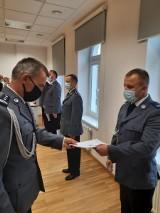 Awanse policjantów w Wąbrzeźnie. W szeregi wąbrzeskiej policji wstąpił także nowy funkcjonariusz. Zobaczcie zdjęcia