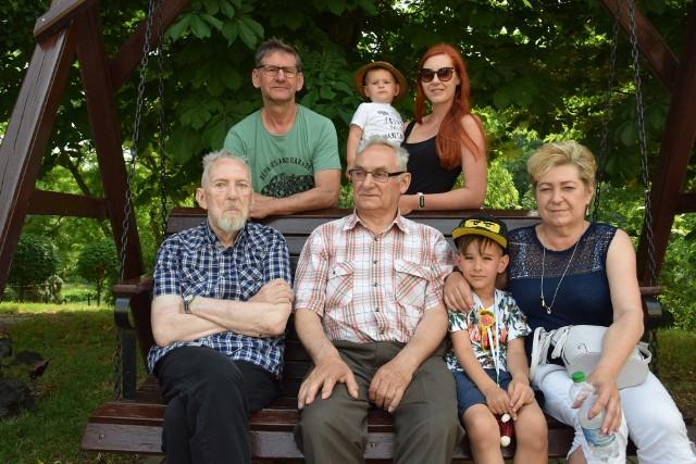 Uczestnicy zjazdu rodzin i przyjaciół DPS TonowoMigawki ze zjazdu w DPS Tonowo: