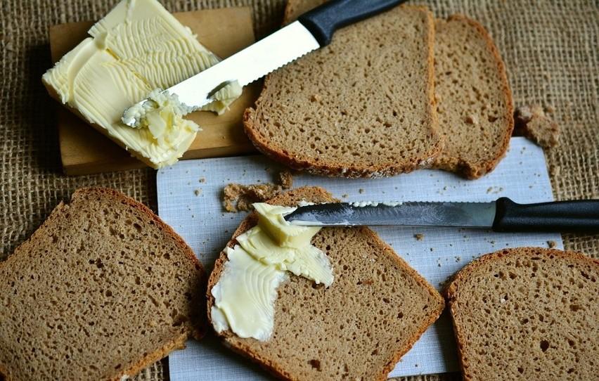 Masło charakteryzuje się bardzo dużą kalorycznością