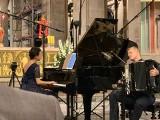 Gniezno: Zagrali i zaśpiewali, aby uczcić 40-lecie pierwszego pobytu papieża św. Jana Pawła II