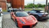 Do Żnina przyjechały sportowe samochody w ramach akcji Positive Ways. Polska dla hospicjum 2021 [zdjęcia]
