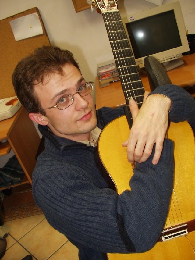 Krzyszof Meisinger czasami przyjeżdża do Głogowa, żeby odwiedzić rodzinę i przyjaciół, a czasem nawet daje tu koncerty.