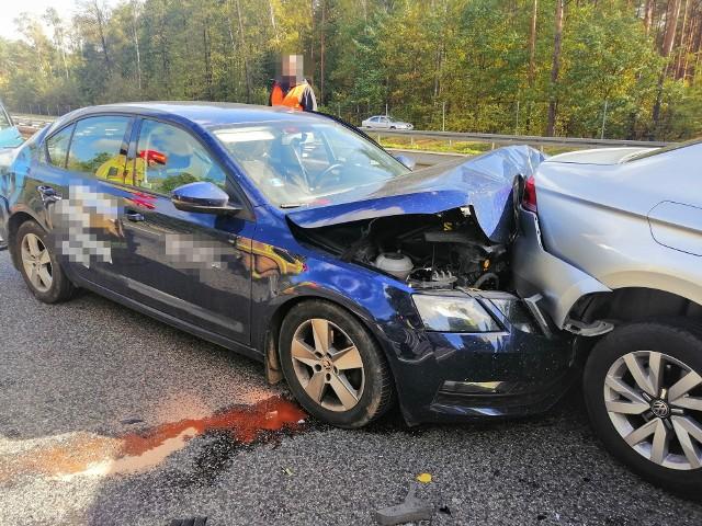 Wypadek w Głuchach, 11.10.2019.  Do szpitala została przetransportowana jedna osoba.