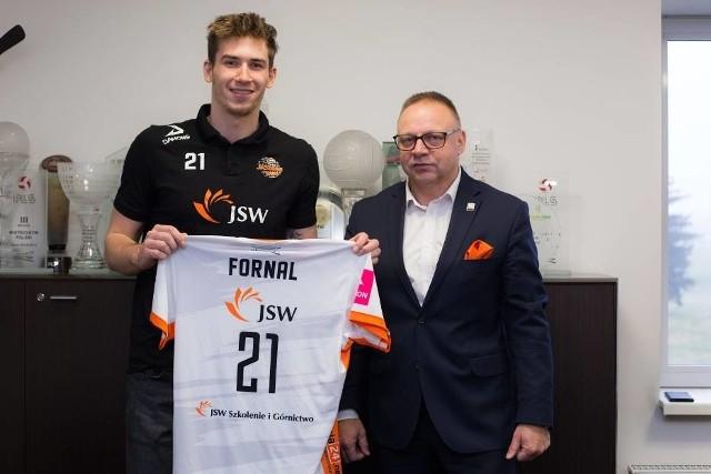 Tomasz Fornal przedłużył niedawno kontrakt z Pomarańczowymi o kolejne trzy sezony.