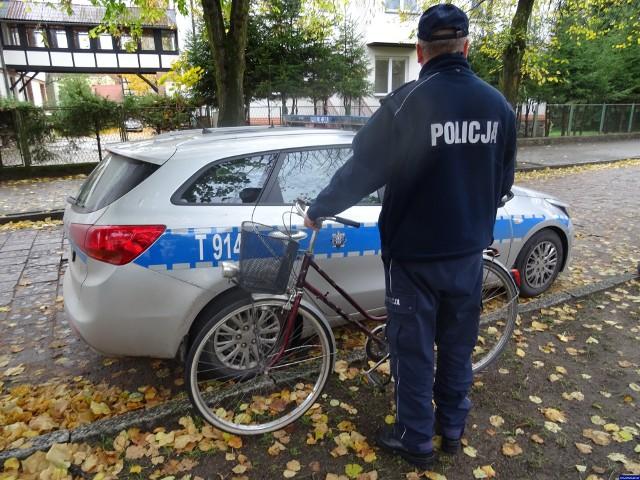 Nie zorientował się, że ktoś ukradł mu dwa rowery. Sprawcy zostali zatrzymani.