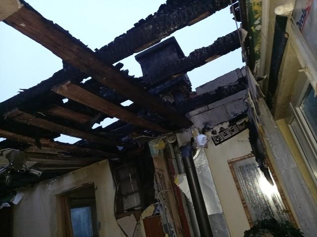 Tak po pożarze w sylwestrowy wieczór wygląda teraz dom pana Tadeusza z bydgoskiego Miedzynia.