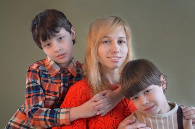 Prof. Ewa Jarosz radzi: jak zadbać o potrzeby małego dziecka, gdy pracujemy zdalnie. 8 praktycznych rad dla rodziców.Zobacz kolejne zdjęcia. Przesuwaj zdjęcia w prawo - naciśnij strzałkę lub przycisk NASTĘPNE