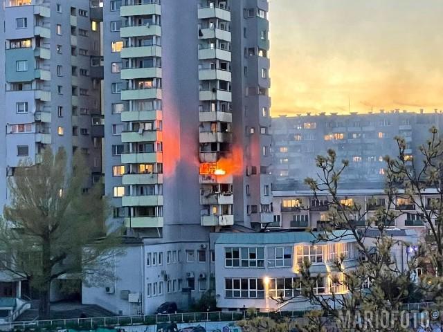 Pożar w Opolu przy pl. Piłsudskiego.