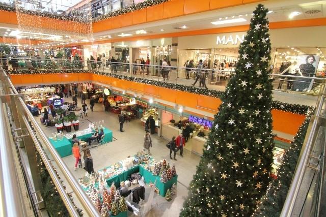 Wrocław, gorączka świątecznych zakupów w Galerii Dominikańskiej